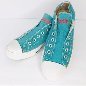 Converse Men's 6 Women's 8 Light Blue Vintage Shoe